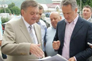 Dmitry Firtash To Donate Nine Ambulances To The District Hospital And To Finance Its Reconstruction And Extension